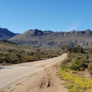 Start of Road to Buffelshoek Pass